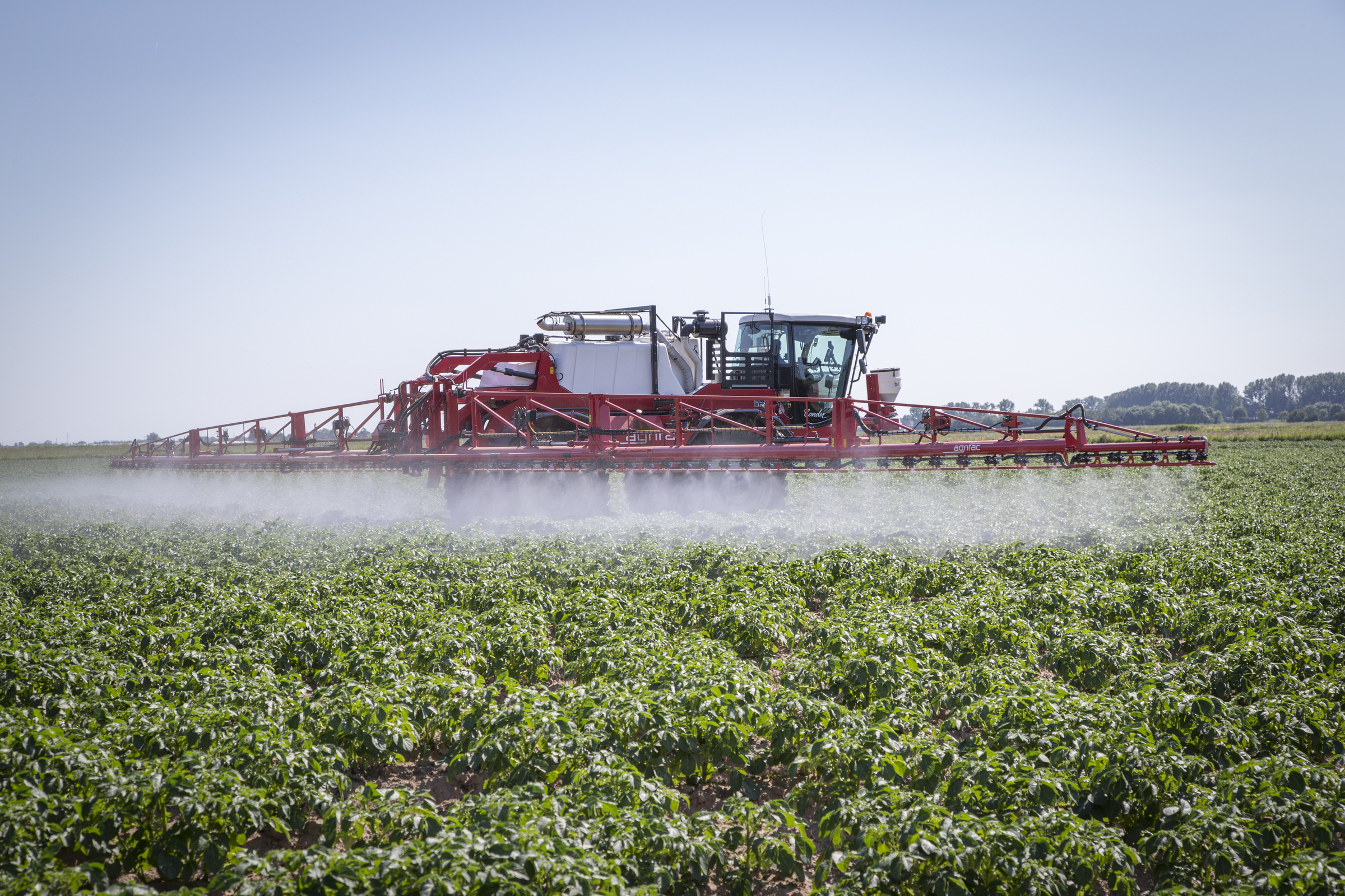 Spraying Pots-Agrifac 2.jpg